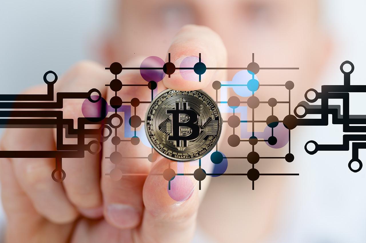 フィンテックとは?ファイナンスとテクノロジーの融合による未来の金融