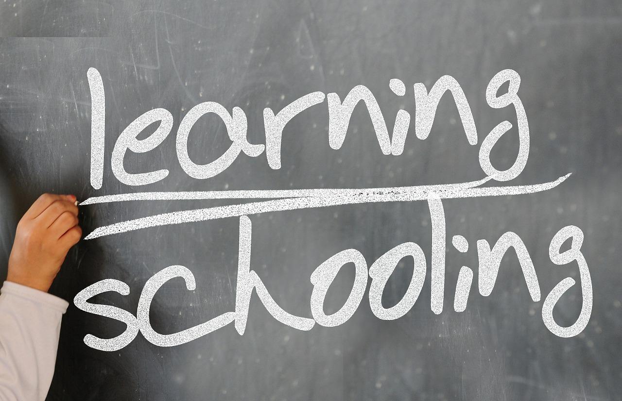 日本と海外のICT教育の差はある?日本はICT教育の導入が遅い?